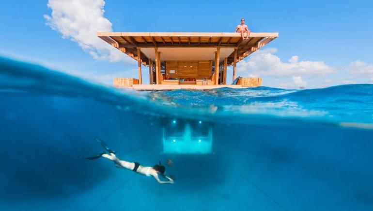 1underwater-room-at-the-manta-resort-kwanini-africa-3
